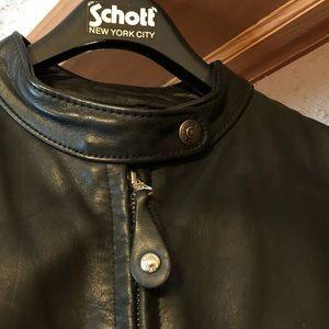 Schott's Brothers #141 W  size 14